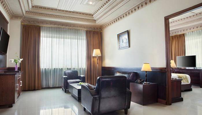 The Rich Jogja Hotel Jogja - Living Room (execuitive suite)