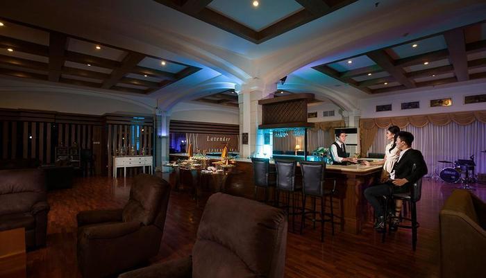 The Rich Jogja Hotel Jogja - Lavender Lounge