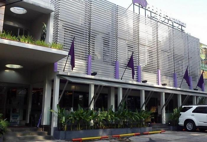 Anggrek Gandasari Hotel Bandung - Hotel Building