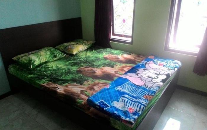 Wukir Mas Homestay Malang - Kamar melati