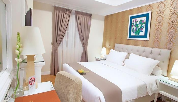 F Hotel Jakarta by Bencoolen - Standard Premiere Queen Bed