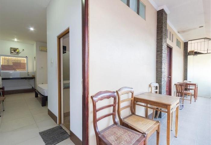 RedDoorz @Nakula Barat Legian Bali - Interior