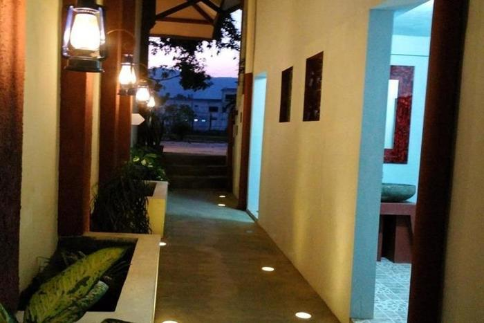 Srikandi Hotel Pacitan - Interior