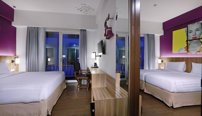 Fame Hotel Sunset Road Kuta Bali - Superior Room