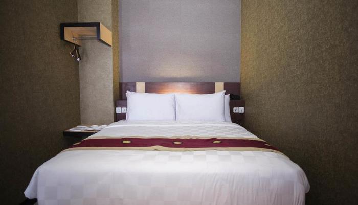 Jles Hotel Manado Manado - Deluxe Double