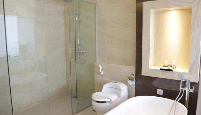 Sahid Eminence Hotel Convention & Resort Cianjur - Kamar Mandi Junior Suite
