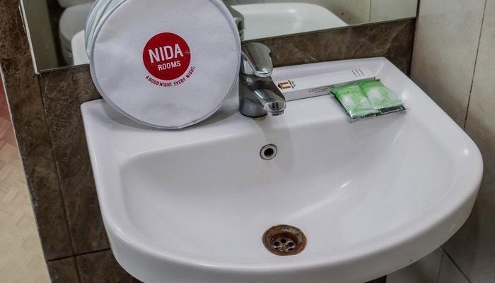NIDA Rooms Bandung Paris Van Shopping Ciumbuleuit - Kamar mandi