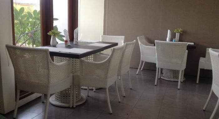 Farila Guesthouse 2 Surabaya - Ruang makan