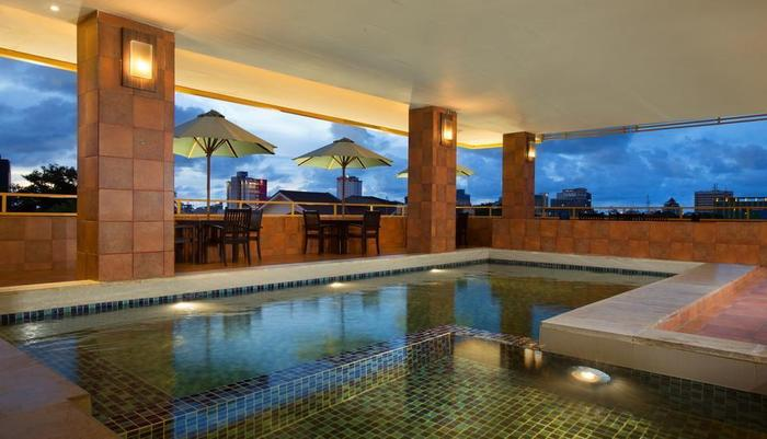 Best Western  Makassar - Kolam Renang