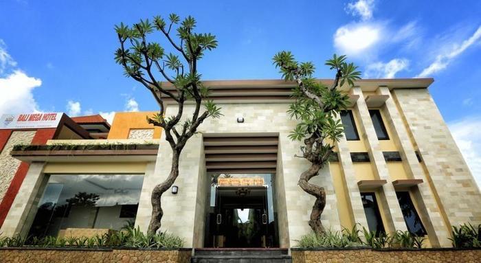 Bali Mega Hotel Bali - Tampilan Luar Hotel