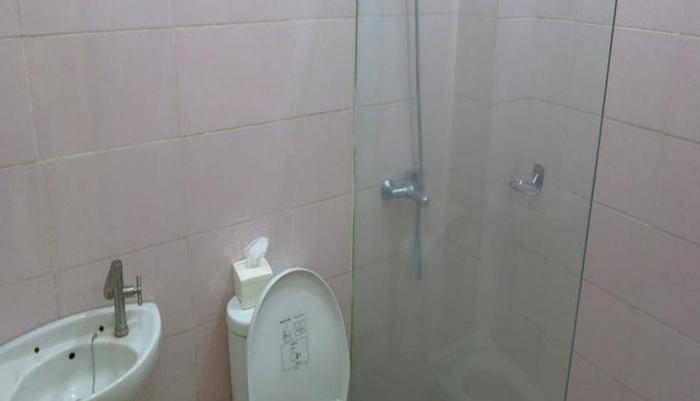 Hasanah Sawojajar Guest House Malang - Kamar mandi