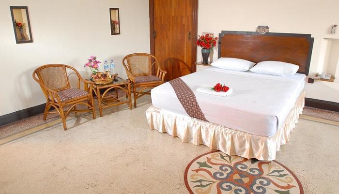 Hotel Niagara Malang - Kamar Superior