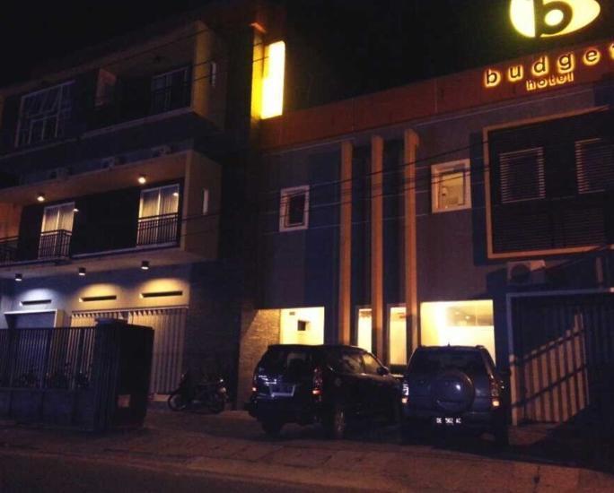Budget Hotel Ambon - Eksterior