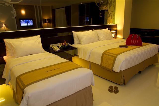 Prime Royal Hotel Surabaya - Rooms1