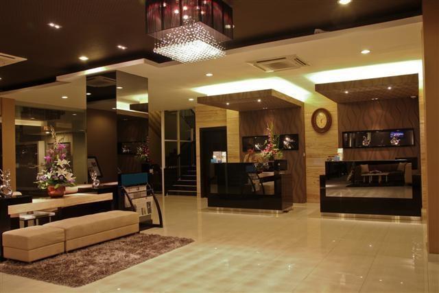 Prime Royal Hotel Surabaya - Lobby1
