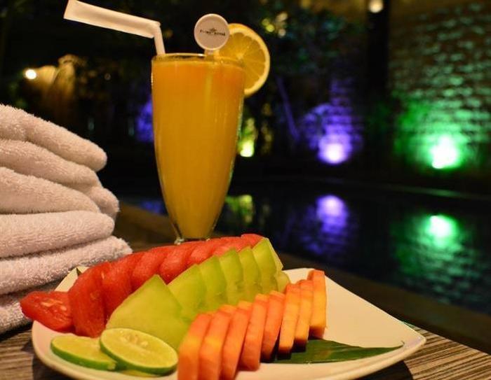 Prime Royal Hotel Surabaya - Meal