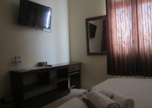 Larasati Guest House Yogyakarta - Fasilitas Kamar
