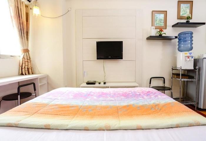 RedDoorz Apartment @The Suites Metro Soekarno Hatta Bandung - Kamar tamu
