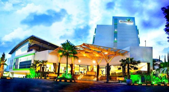 Banana Inn Hotel Bandung - Tampilan luar