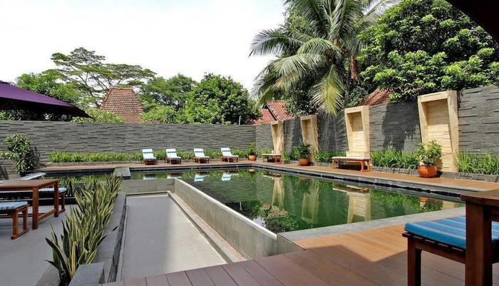 Yasmin Hotel Karawaci - Kolam Renang