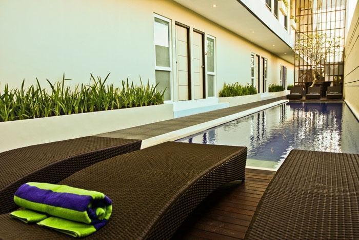 Eazy Suite Bali - Kolam Renang