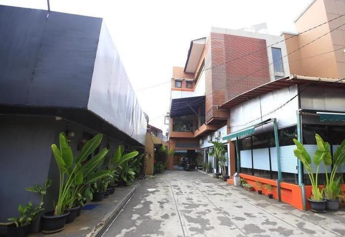 RedDoorz @Pangeran Antasari Jakarta - Eksterior