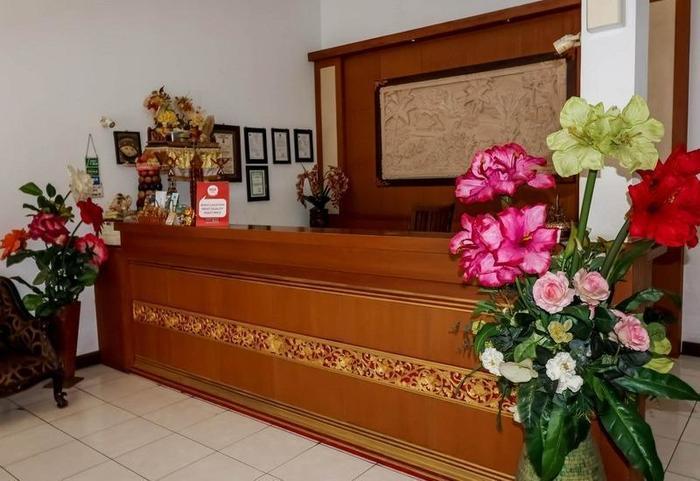 NIDA Rooms Bali Bandung Sempidi Begonia Bali - Resepsionis