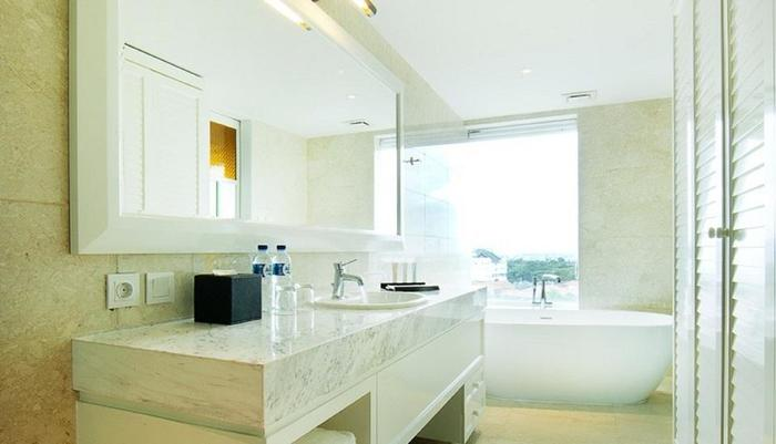 De Paviljoen Bandung By HIM Bandung - Executive Club Bathroom