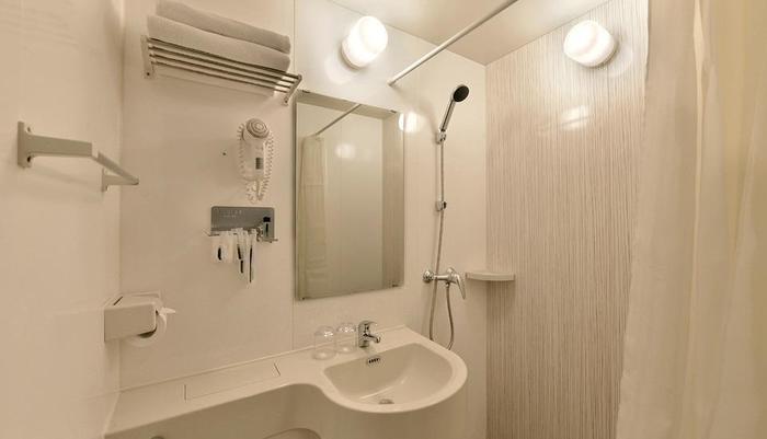 Zodiak Kebon Kawung Bandung - Bathroom