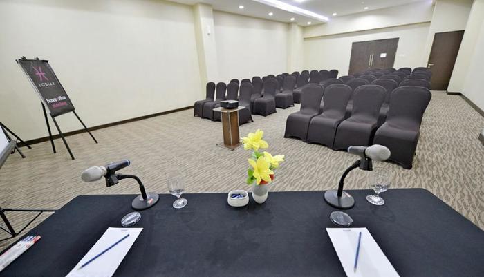 Zodiak Kebon Kawung Bandung - Meeting Room