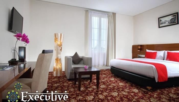 Namira Syariah Hotel Pekalongan - Kamar Executive