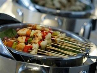 Hotel Santika Mataram - Meal