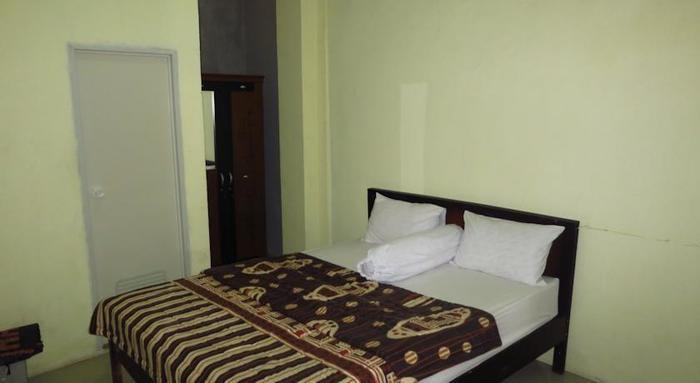 Bunga Matahari Guest House Malang - Rooms1