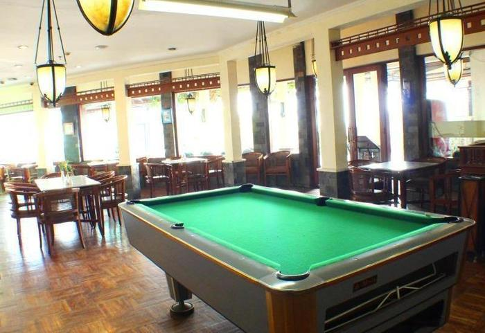 Hotel Imperium Bandung - Billiard
