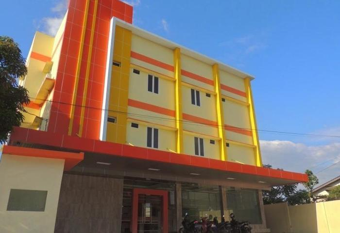 NIDA Rooms Queen Place Makassar - Penampilan
