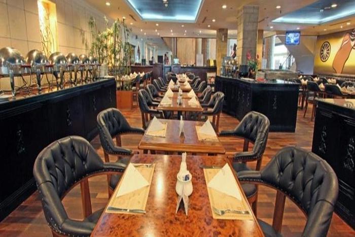 Hotel Harmoni  Batam - Borobudur Cafe & Restaurant