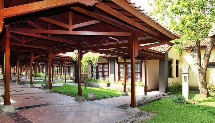 Singgasana Hotel Surabaya - Koridor Kamar