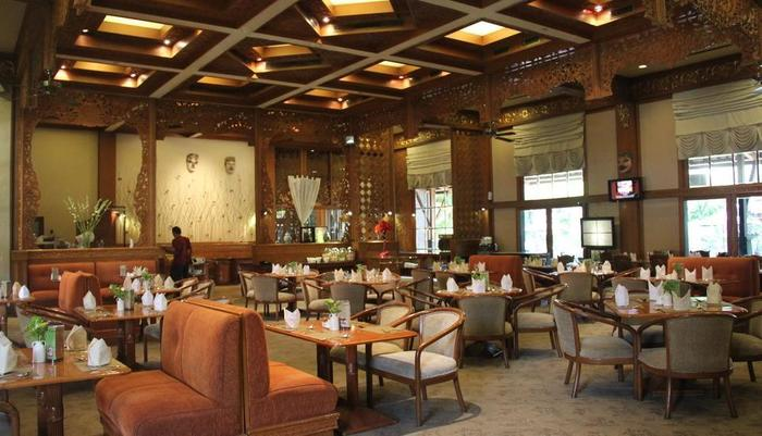 Singgasana Hotel Surabaya - Dharmawangsa Restaurant