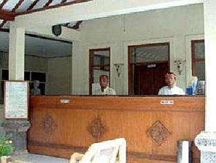 Hotel Hapel Semer Bali - ResepsionisT