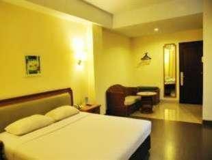 Losari Beach Hotel Makassar - Kamar Standard Double