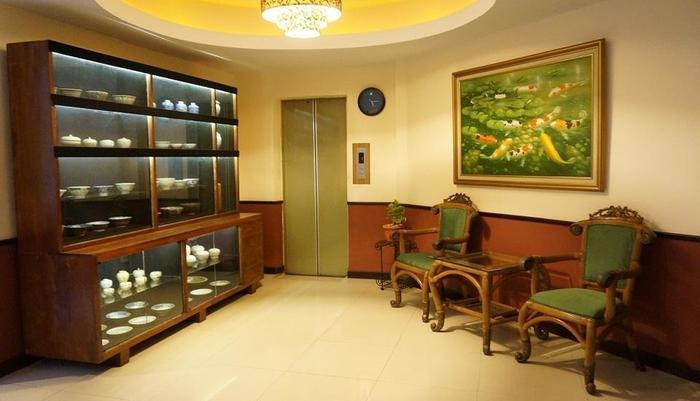 Losari Beach Hotel Makassar - Interior