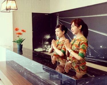 Topas Galeria Hotel Bandung - FO
