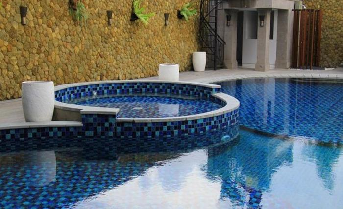 Signature Hotel Bali Bali - Kolam Renang