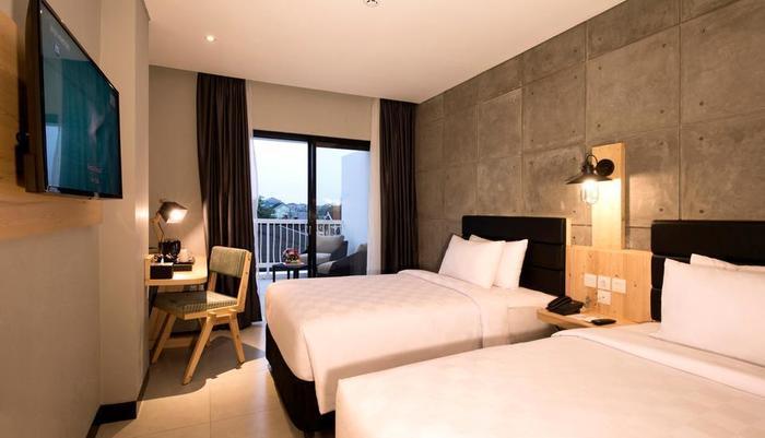 Ayaartta Hotel Malioboro Yogyakarta - Deluxe Balcony Twin