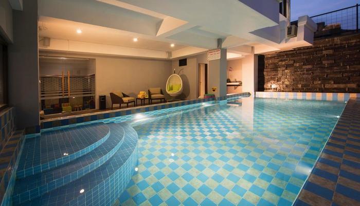 Ayaartta Hotel Malioboro Yogyakarta - Swimming Pool