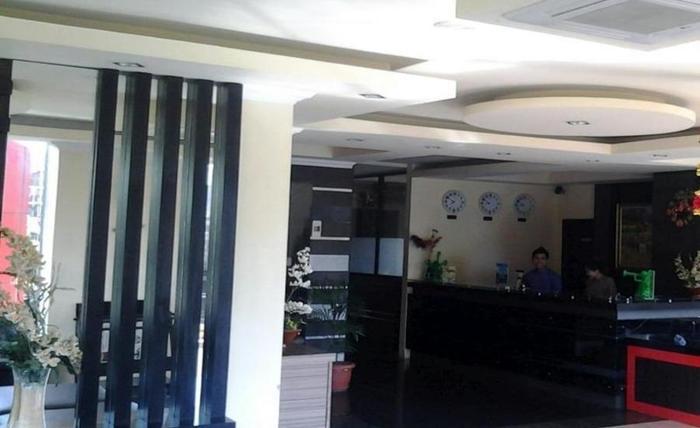 LYNT Hotel Makassar - Interior