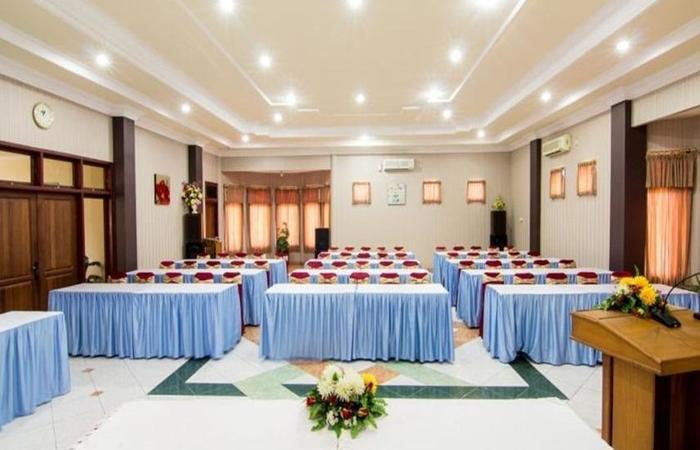 Hotel Setia Budi Madiun - Ruang Rapat