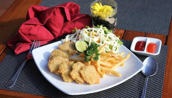 Wisma MMUGM Hotel Yogyakarta - fish & Chips