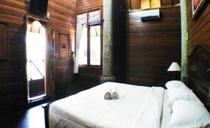 Villa Happy Jimbaran Bali - Tempat tidur double - Double atau Twin Standar