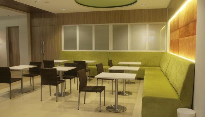 IZI Hotel Bogor - Coffee Shop